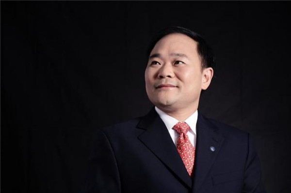 吉利集团董事长李书福