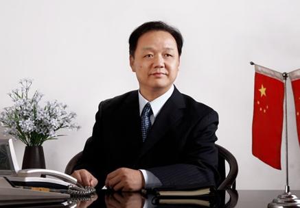 武汉金牛董事长陈厚忠